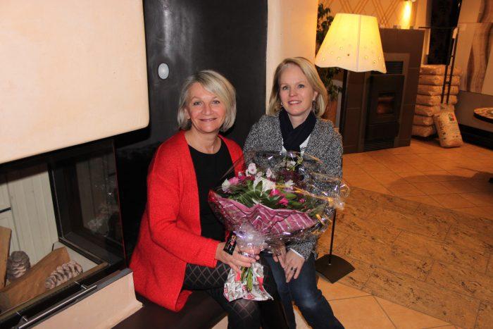 Gewinnerin Erika Nyikos und Hafnermeisterin Katharina Rabas.